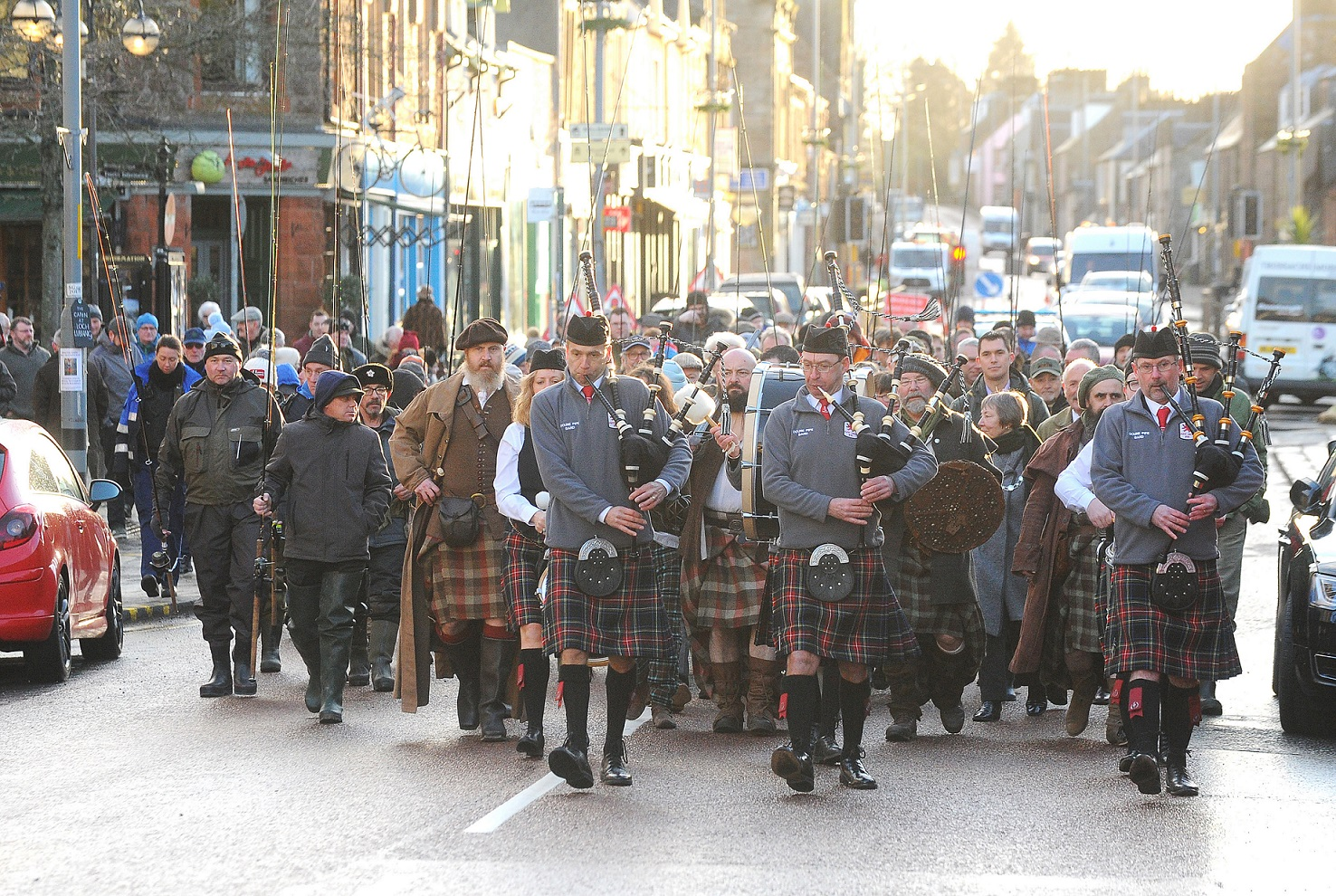 Pipers marching down Stirling City Center